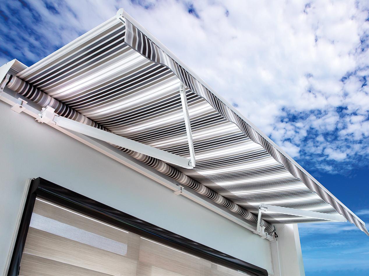 royal-blinds-awnings-1