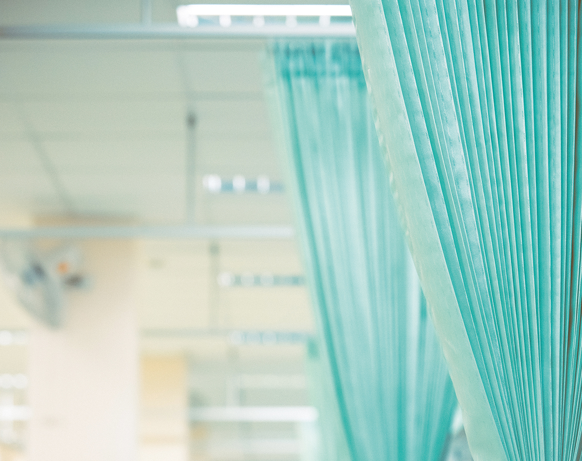 royal-blinds-cubicle-curtains-2
